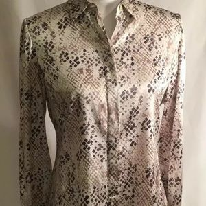 Ann Taylor SZ 6 Snakeskin Design 91% silk 9% spand